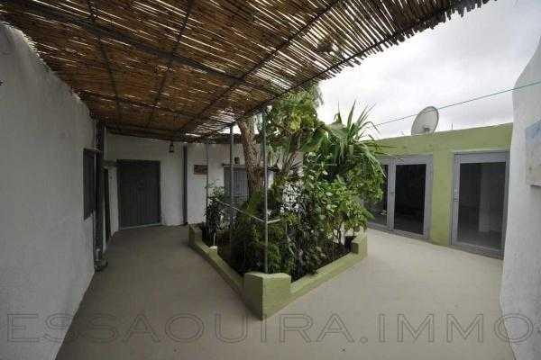 Maison traditionnelle à Ghazoua avec jardin