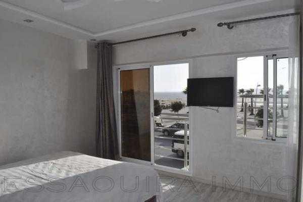 Appartement au bord de la mer avec balcon solarium