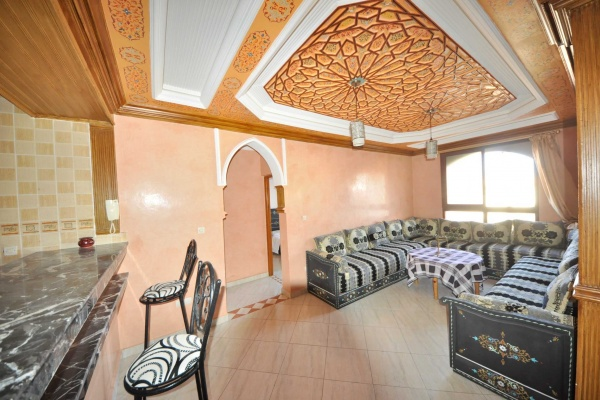 Beau appartement situé à Raounak