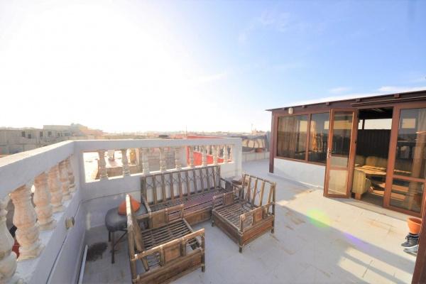 Appartement avec terrasse vue mer