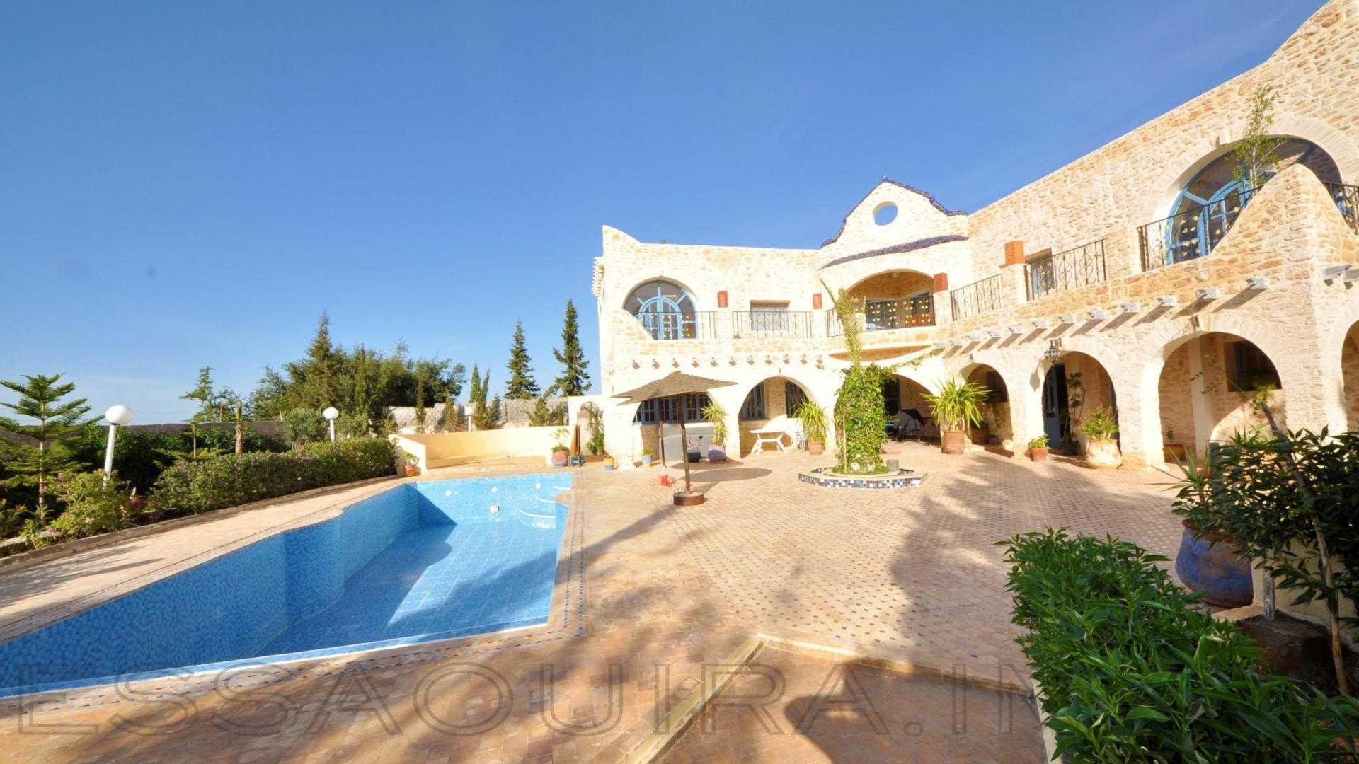 villa à 1 000€ par mois