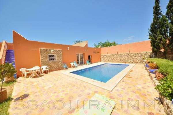 Belle villa meublée avec piscine