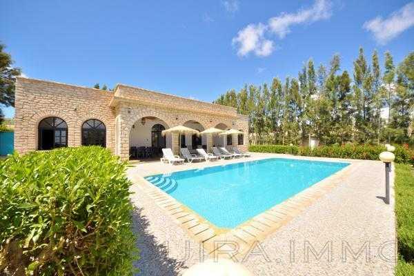 Belle villa privé avec piscine